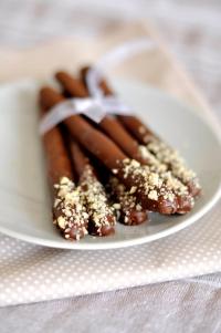 çikolatalı-fındıklı-çubuk-kurabiye