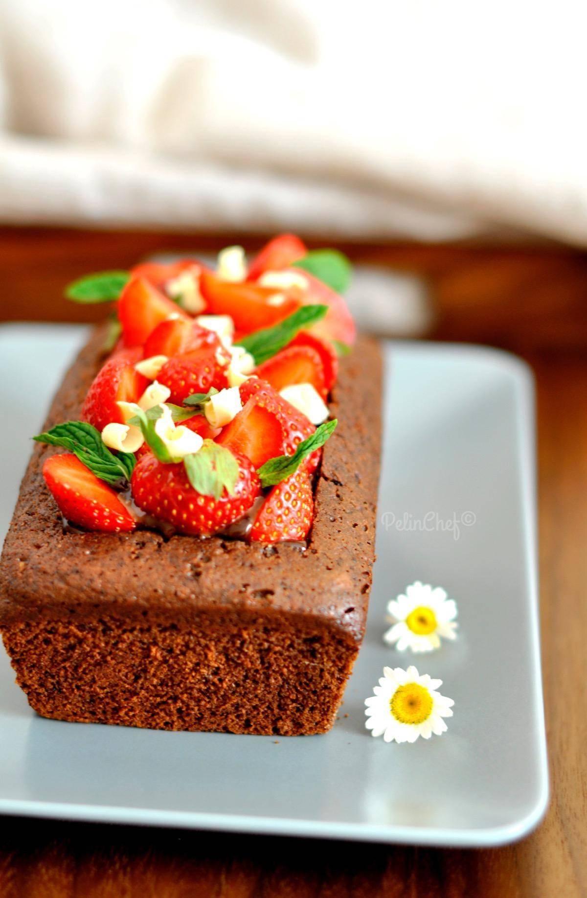 çilekli-çikolatalı-kek