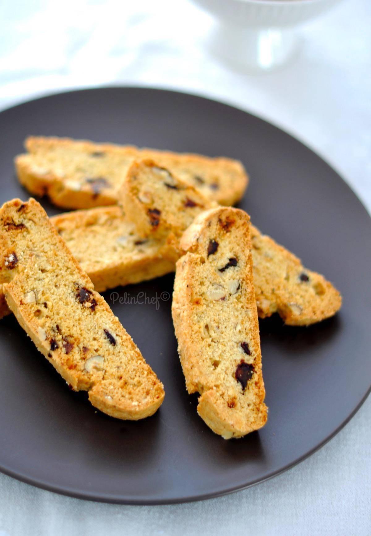 hurmalı-fındıklı-biscotti