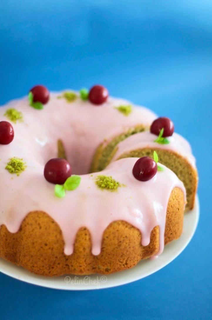 vişneli-antep-fıstıklı-kek1