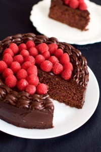 Frambuazlı Çikolatalı Pasta1