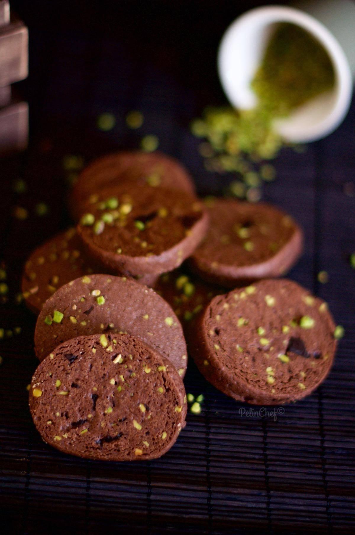 antep fıstıklı çikolatalı buzluk kurabiyesi
