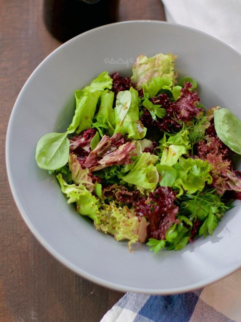 Akdeniz Yeşilliği Salatası
